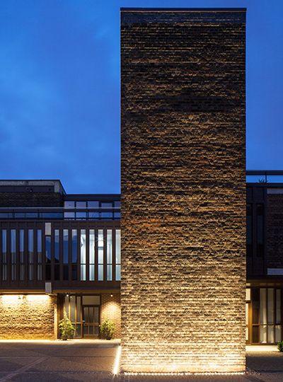 Linear Wallwasher Facade Lighting