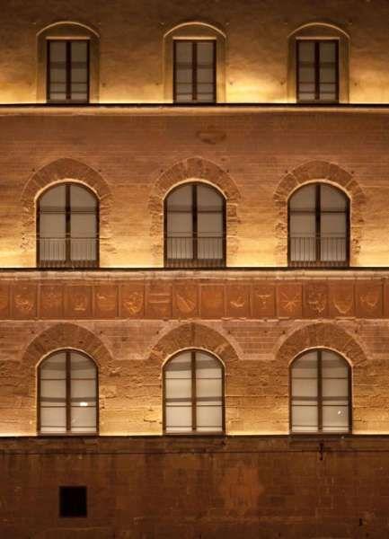 Facade with Uplight Fixture