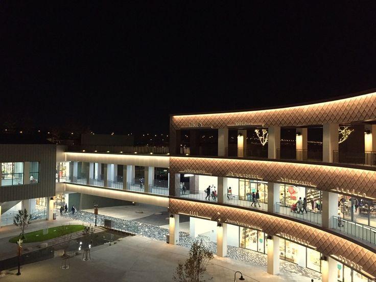 Hyundai Premium Outlet Shopping mall Lighting