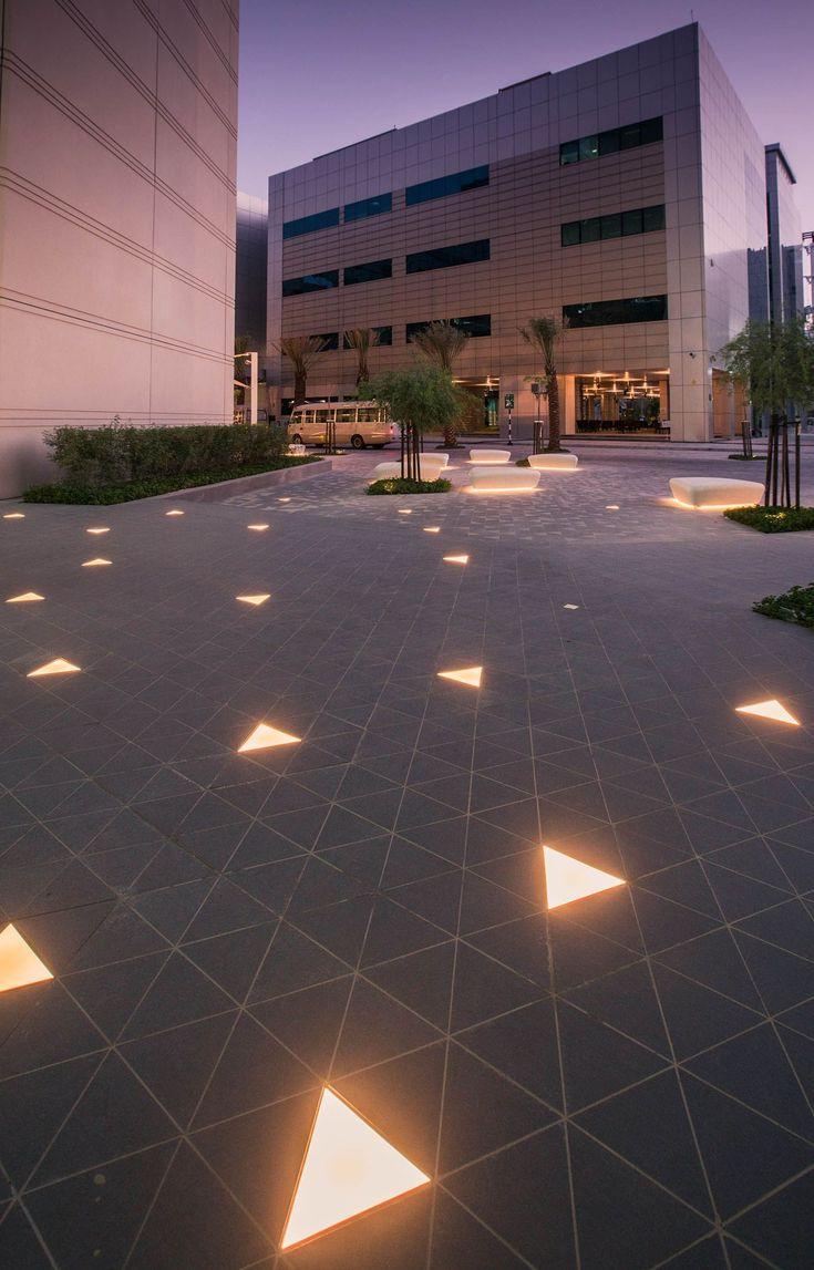 Open Plaza Landscape Lighting